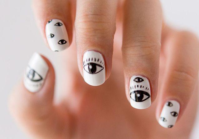 Tuto nail art : l'œil tribal porte-bonheur