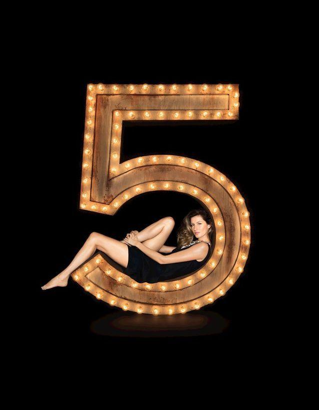 Chanel N°5 incarné par Gisele Bündchen en 2014, shootée par Patrick Demarchelier