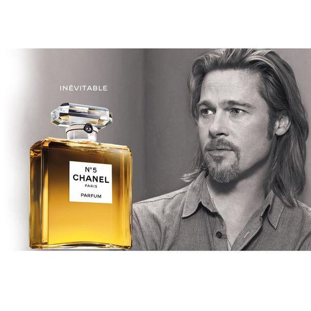 Chanel N°5 incarné par l'acteur Brad Pitt en 2012, shooté par Steven Klein