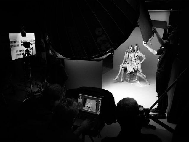 Kate Moss et Cara Delevingne sur le flacon My Burberry