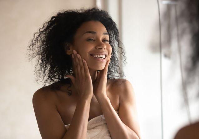 Tout ce qu'il faut savoir sur l'utilisation d'un sérum visage