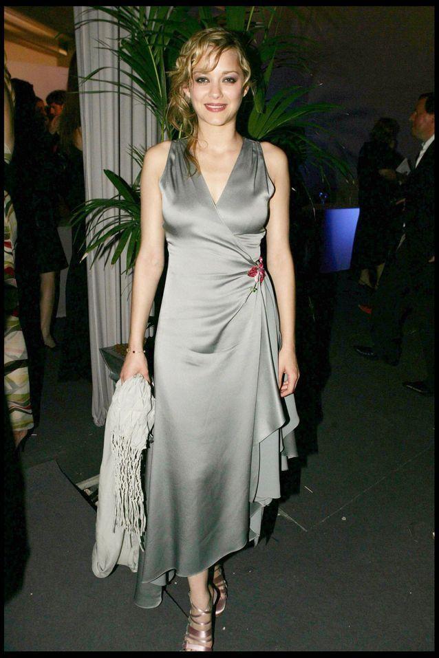 Marion Cotillard et sa robe drapée à Cannes