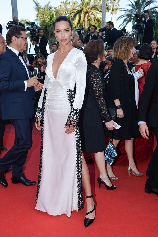 Robe Cannes Adriana Lima