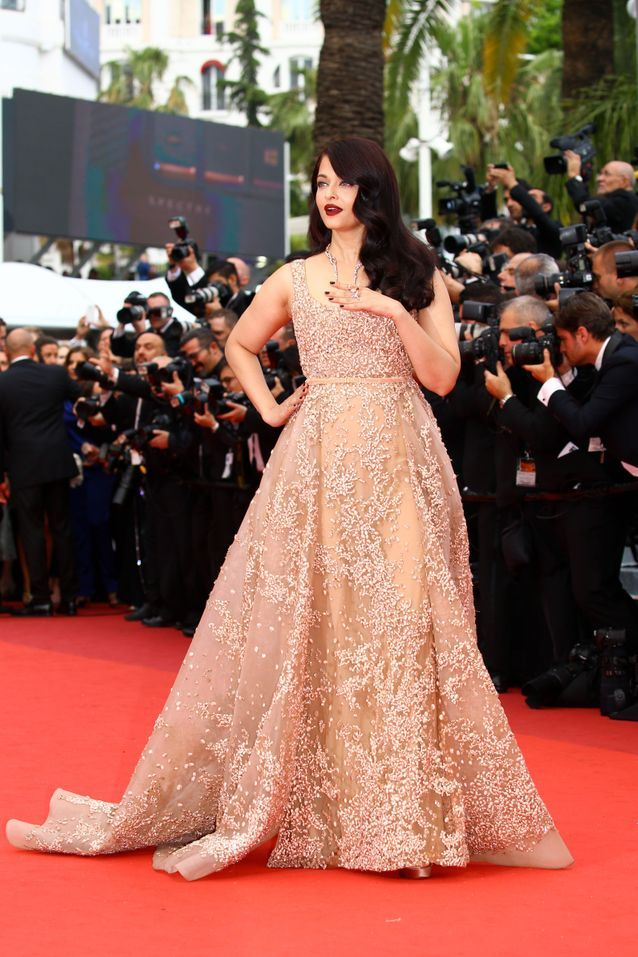 Robe Cannes Aishawarya Rai