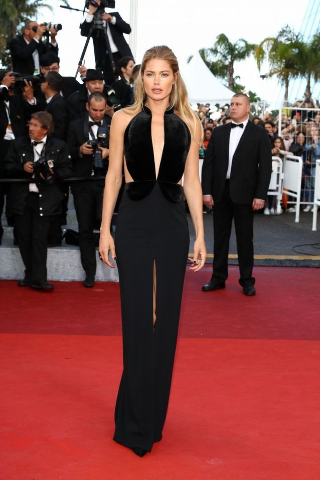Robe Cannes Doutzen Kroes