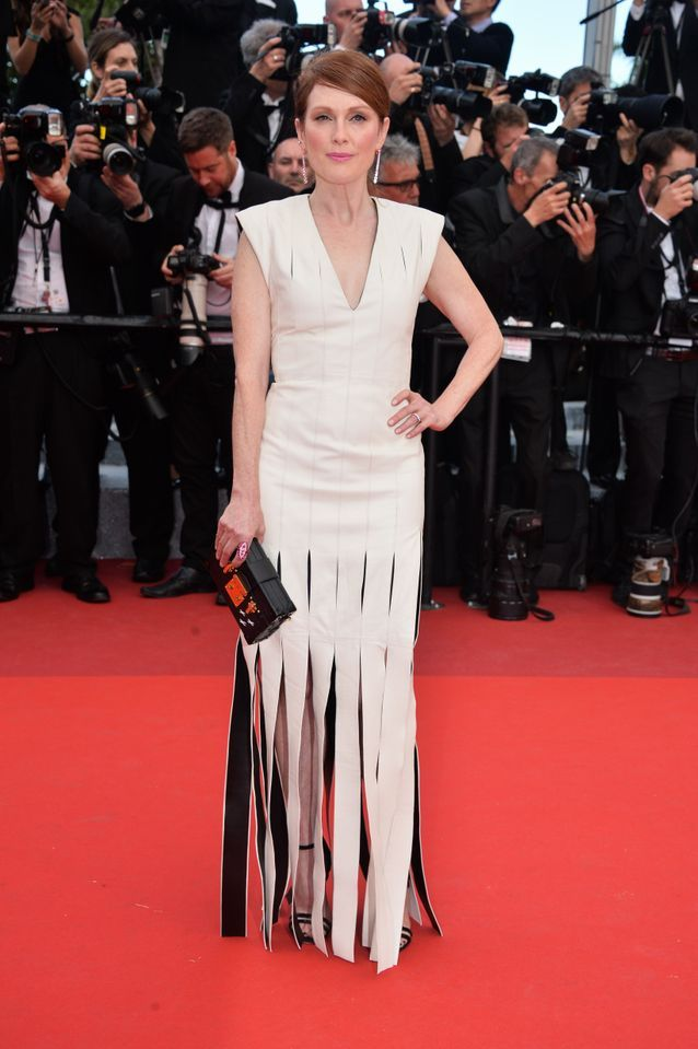 Robe Cannes Julianne Moore
