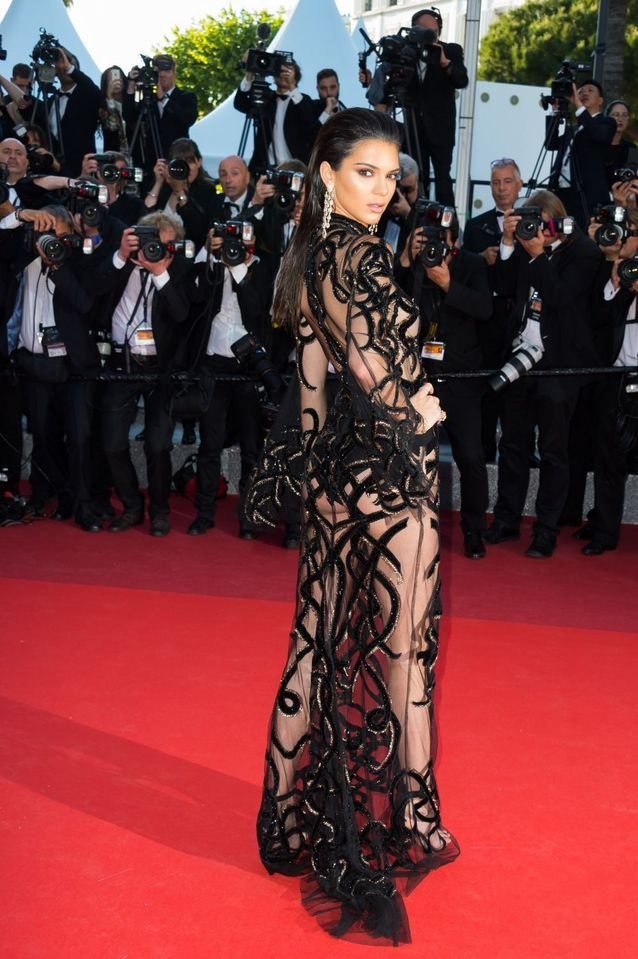 Robe Cannes Kendall Jenner