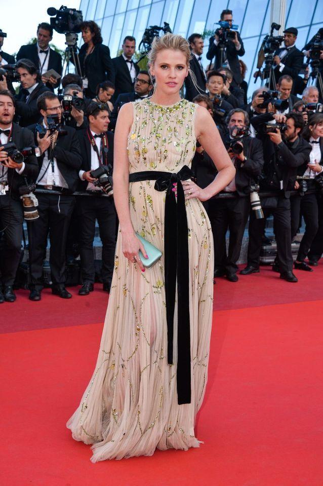 Robe Cannes Lara Stone