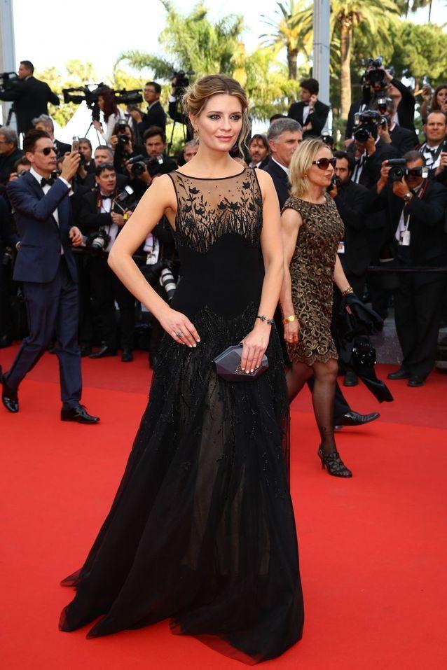 Robe Cannes Mischa Barton