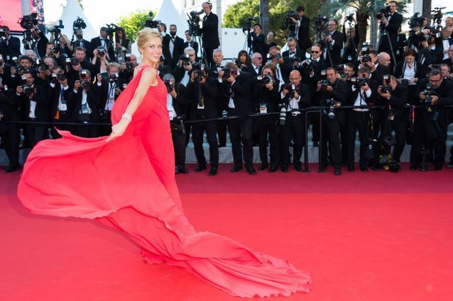 Robe Cannes Petra Nemcova