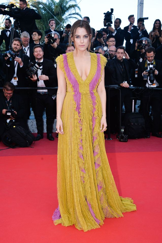Robe Cannes Riley Keough
