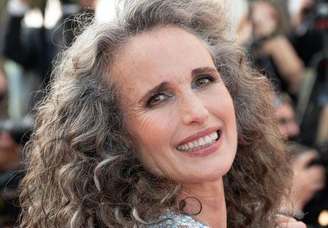 Sur le tapis rouge du Festival de Cannes 2021, les cheveux blancs prennent le pouvoir