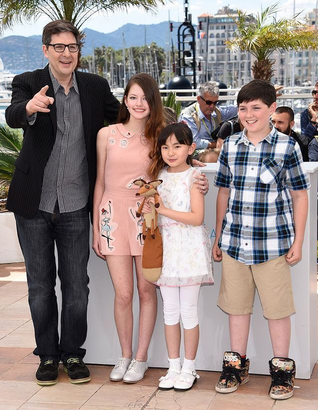 Mark Osborne, Mackenzie Foy, Rio Suzuki et Riley Osborne, dans « Le Petit Prince »