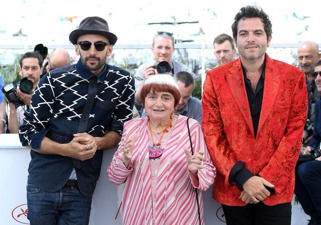 """Cannes 2017 : Agnès Varda, JR et M présentent """"Visages Villages"""""""
