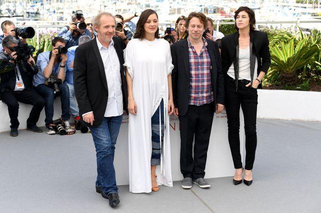 Arnaud Desplechin, Marion Cotillard (en Y/PROJECT), Mathieu Amalric et Charlotte Gainsbourg