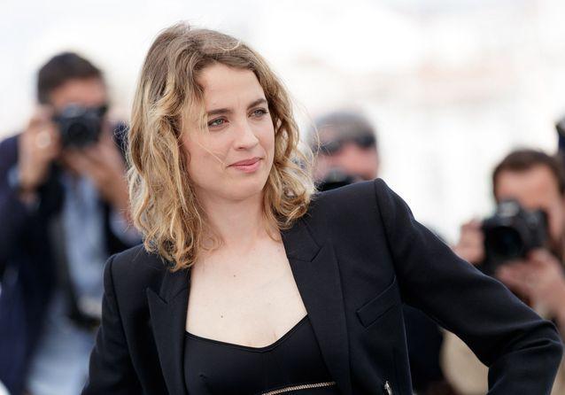 Cannes 2019 : Adèle Haenel sur la Croisette pour « Portrait de la jeune fille en feu »
