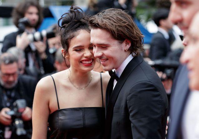 Cannes 2019 : Brooklyn Beckham et Hana Cross, jeunes amoureux glamour sur tapis rouge