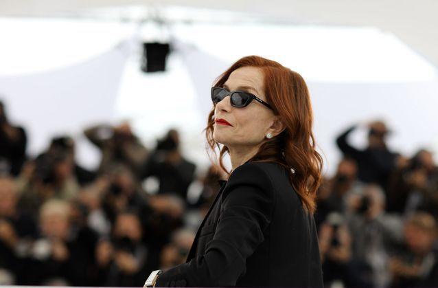 Isabelle Huppert prend la pose