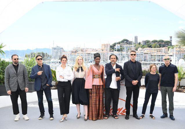 Cannes 2019 : le jury prend la pose sur la Croisette avant la cérémonie d'ouverture