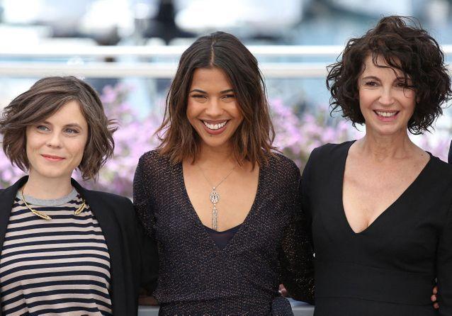 Cannes 2019 : Zabou Breitman complice avec Zita Hanrot sous le soleil de Cannes