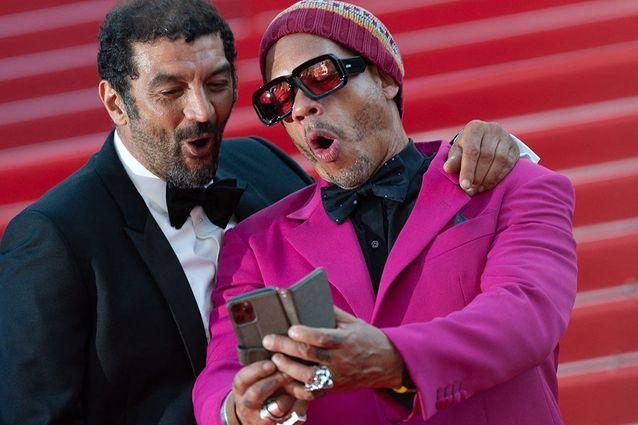 Les acolytes Ramzy Bedia et Joey Starr immortalisent le moment