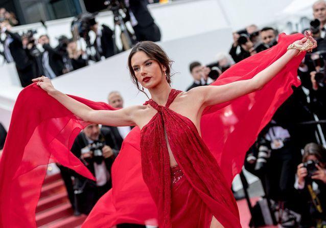 Cannes 2019 : « Les Misérables », « Bacurau »... les montées des marches du 15 mai