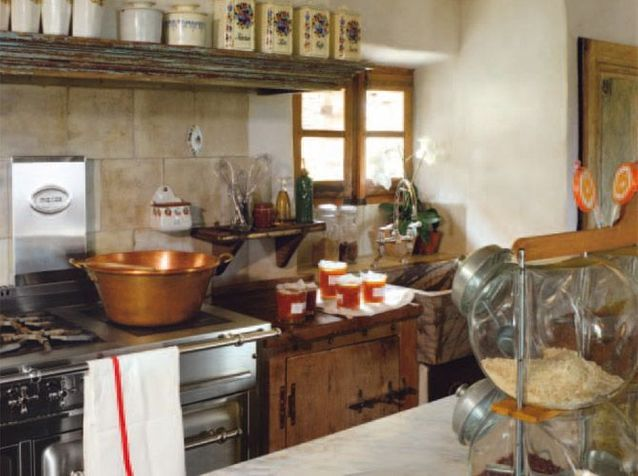 Cuisines Anciennes des cuisines esprit récup' - elle décoration
