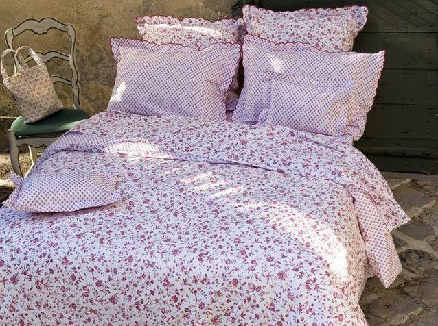 Souleiado Linge De Maison du linge de lit très fleuri - elle décoration