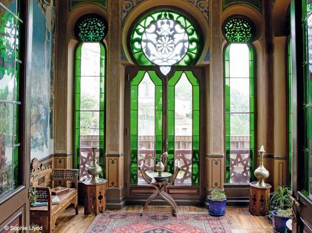 Visite de la célèbre villa La Casamaures