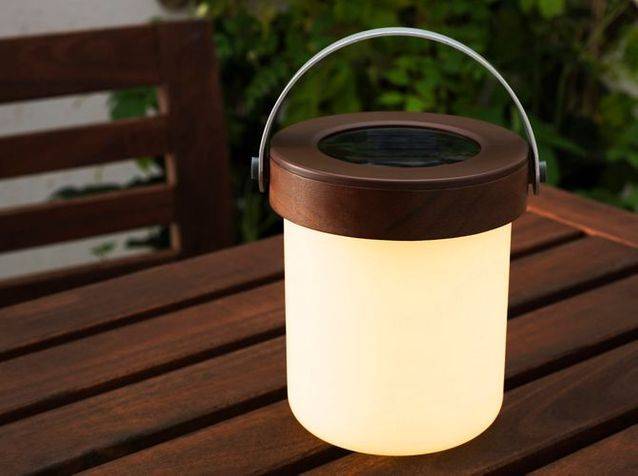 Une mini lampe pour éclairer ma terrasse