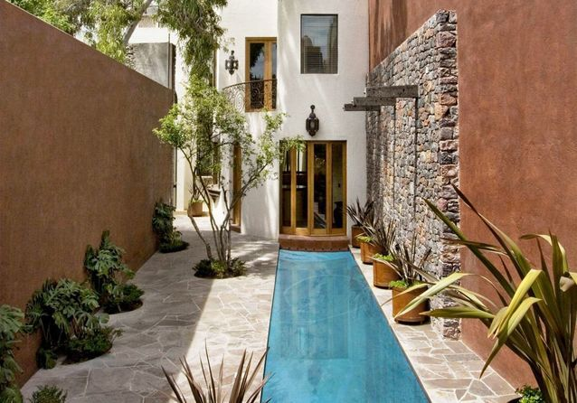 Le couloir de nage, la super piscine des jardins en longueur - Elle ...