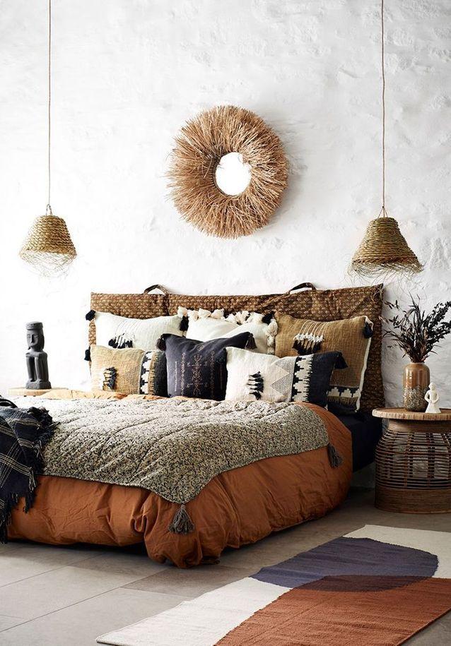 Multiplier les matières naturelles dans la chambre