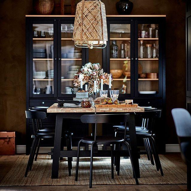 Table rectangulaire en acacia