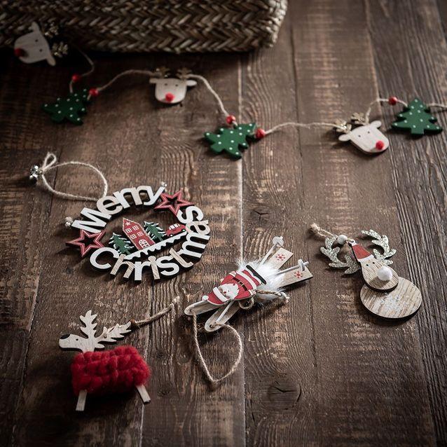 Décoration en bois à suspendre Merry Christmas