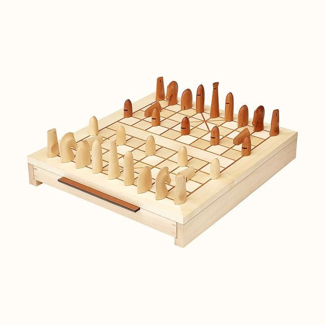 Jet d'échecs chinois en sycomore et acajou