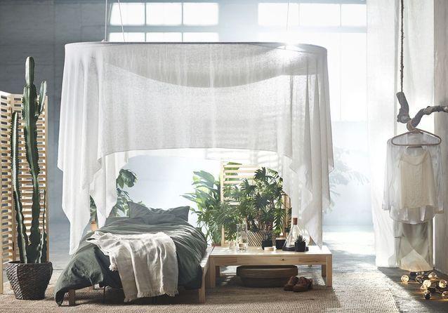 Un ciel de lit pour une chambre tout en douceur