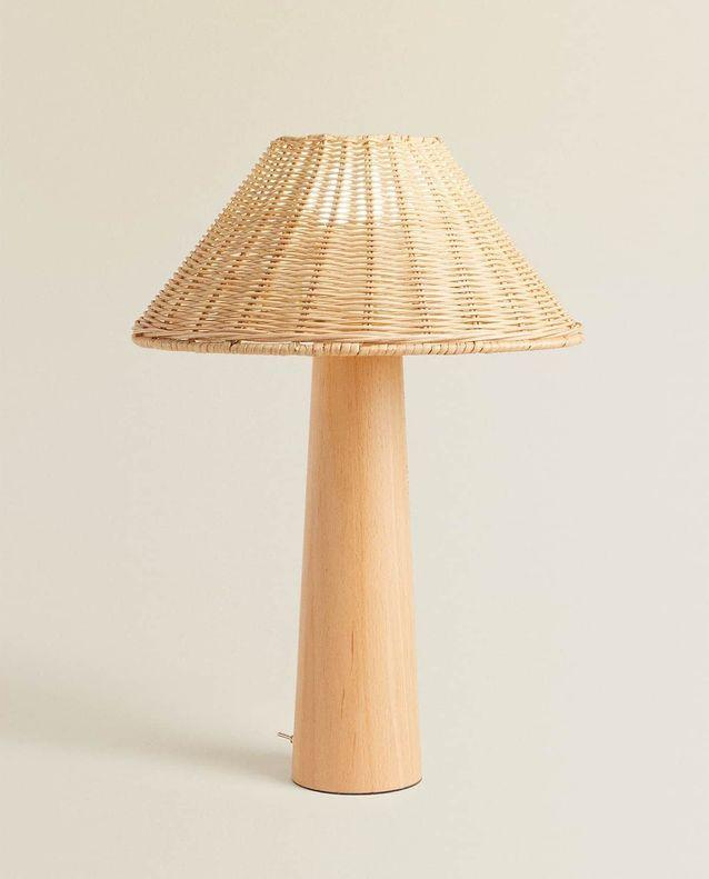 Lampe en bois soldée Zara Home