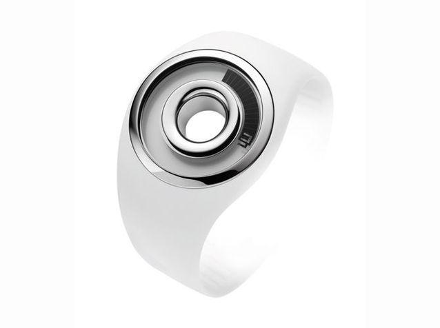 """La montre """"o-ring"""" co-signée avec Philippe Starck pour Fossil, 2004"""