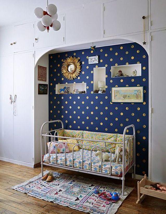 Une chambre de bébé lunaire