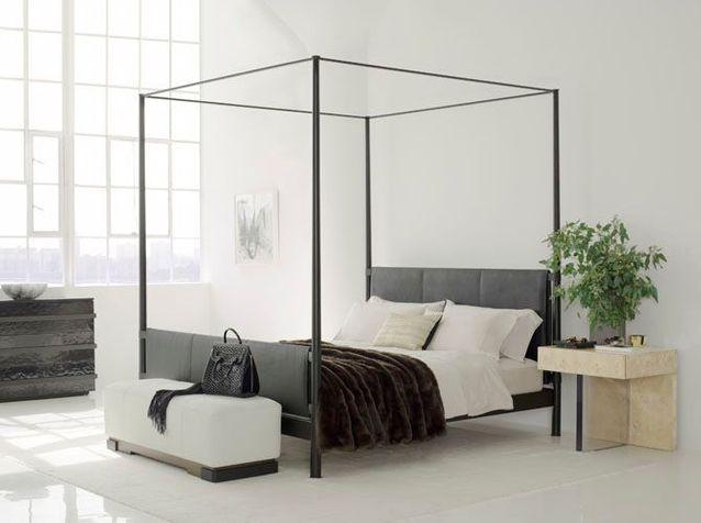 Le lit à baldaquin se refait une beauté