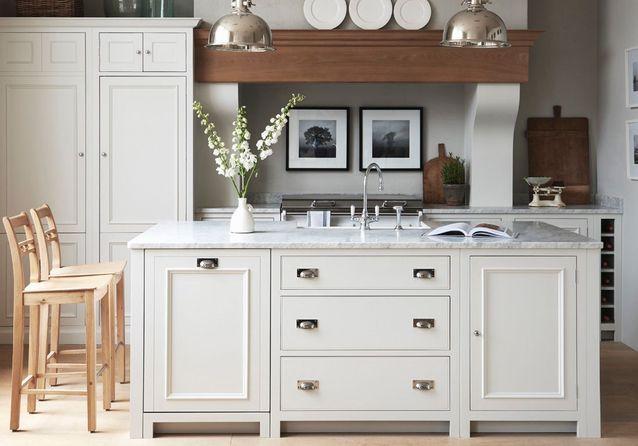 Un plan de travail en marbre pour une cuisine précieuse