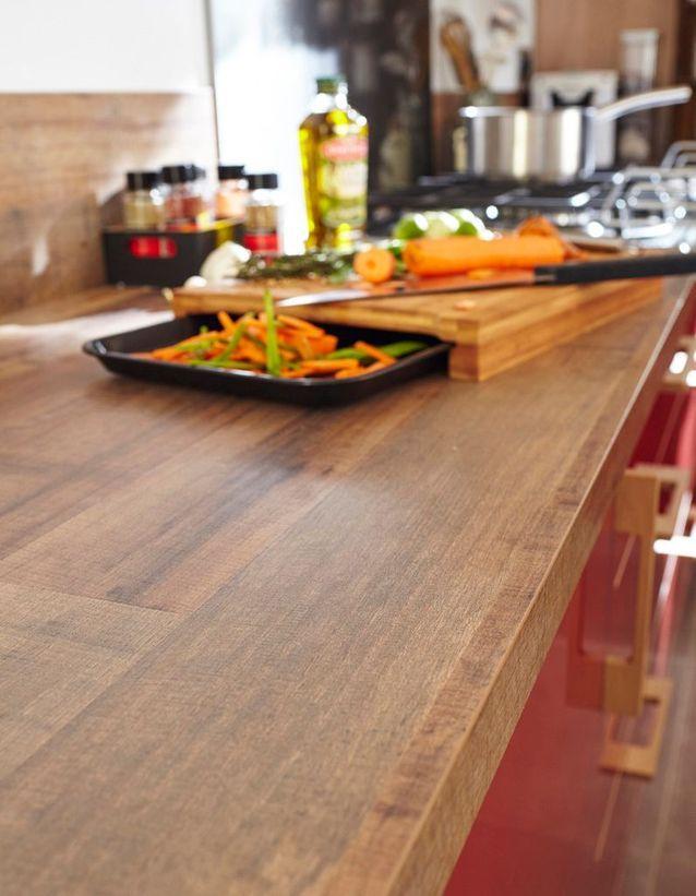 Un Plan De Travail Imitation Bois Pour Une Cuisine Rustique