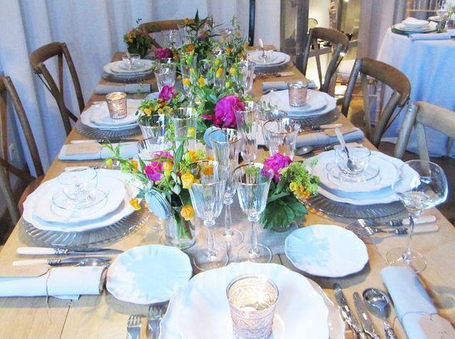 Une décoration de table champêtre très estivale
