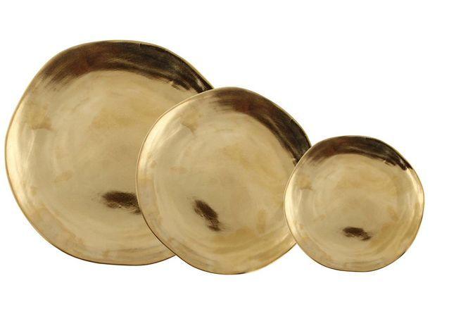 Vaisselle design : des assiettes dorées