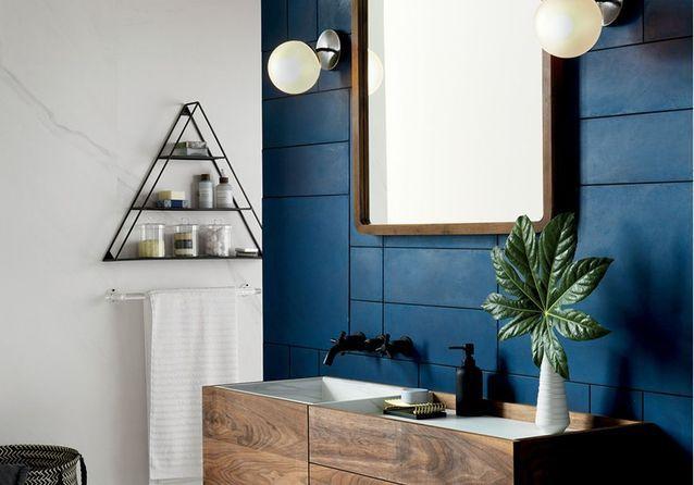 Salle De Bain Couleur couleur salle de bains : 15 astuces pour apporter de la couleur à la