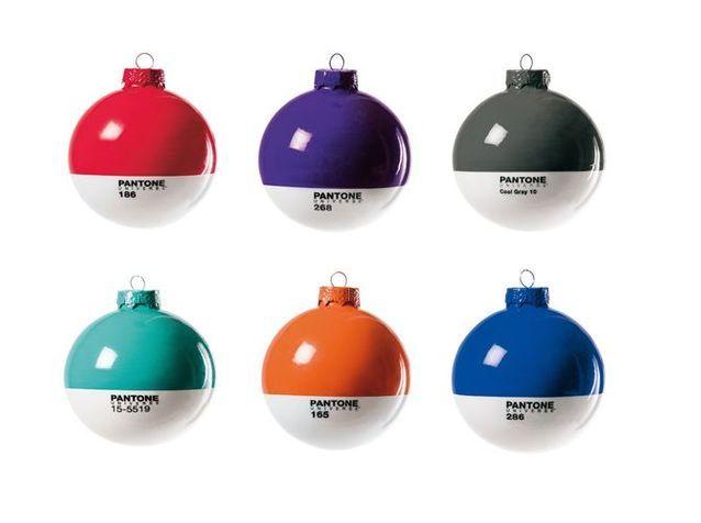 40 boules de Noël colorées