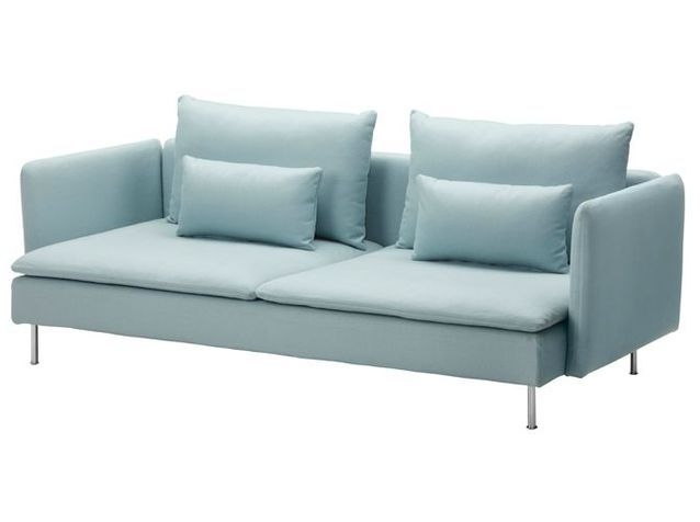 Un canapé basique et chic pour mon salon !