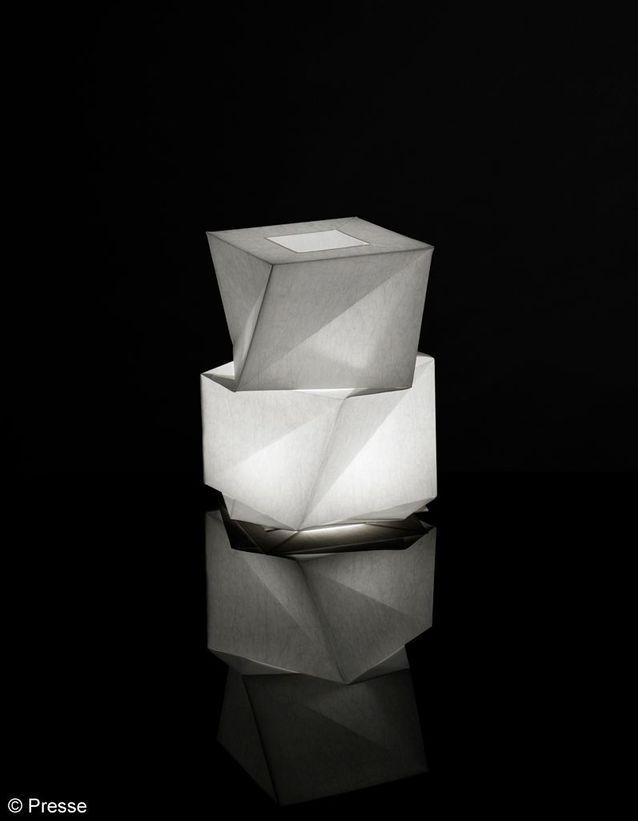 Lampe en tissu et Leds Artémide
