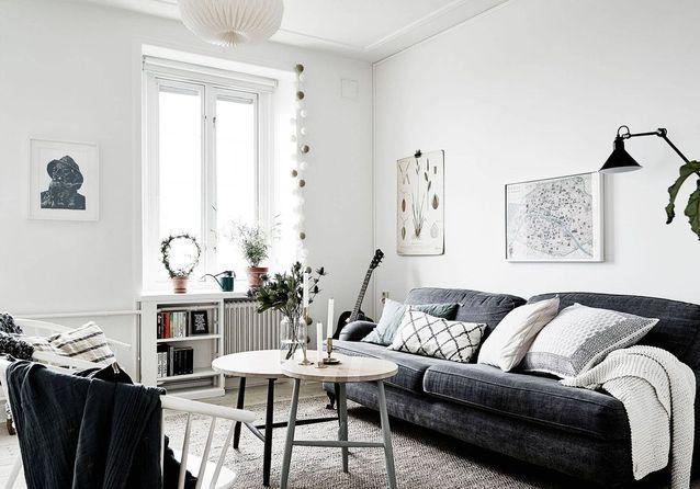 Le noir blanc s invite au salon elle d coration - Salon blanc et taupe ...