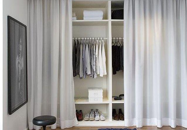 De simples rideaux pour cacher un dressing